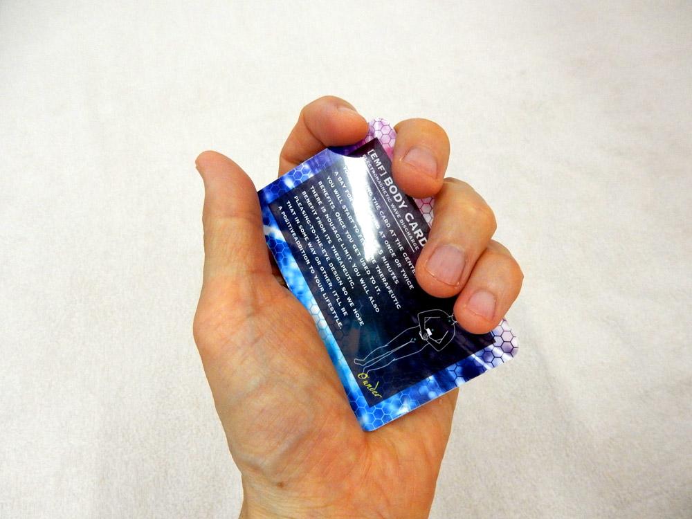 電磁波放電カード(手に握る場合)