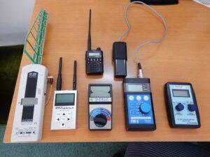 使用する電磁波測定器